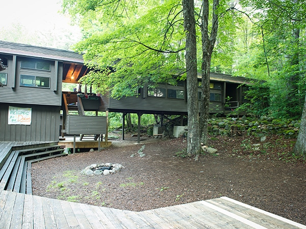 Treehouse accommodations for youth at new hampshire summer camp