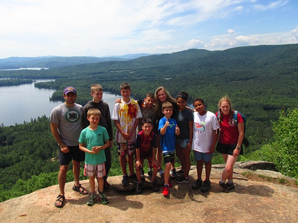Kids hiking with wilderness trip in new hampshire